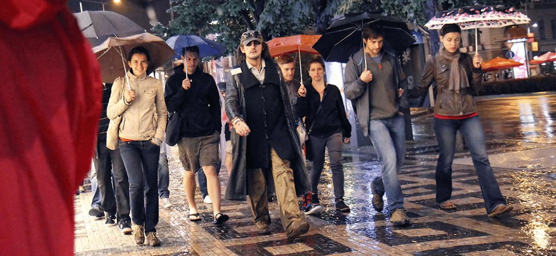 O guia mais requisitado do tour, Karim leva turistas pelo lado B de Praga - Divulgação