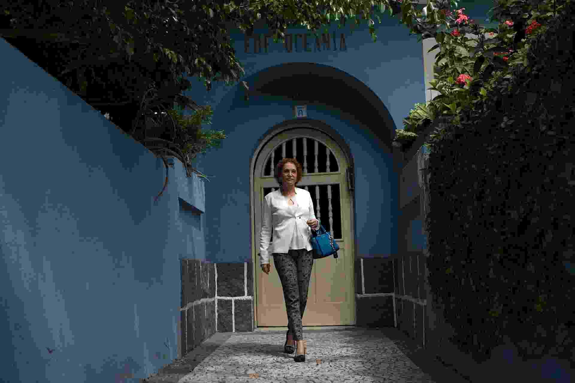 """Aronita Rosenblatt, moradora do Oceania, prédio onde foi filmado o filme """"Aquarius"""", em Recife - Beto Figueiroa/UOL"""