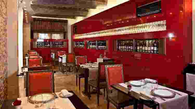 Salão do restaurante Loiseau des Vignes, em Beaune, na França - Divulgação/B. Preschesmisky - Divulgação/B. Preschesmisky