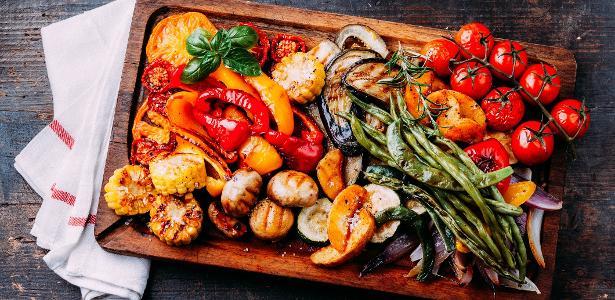Quem nunca se sentiu enganado pelas fotos de embalagens das comidas para microondas?