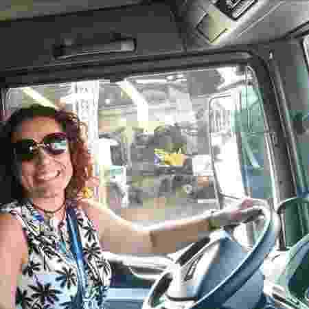 Janaina trabalha como caminhoneira - Arquivo Pessoal - Arquivo Pessoal