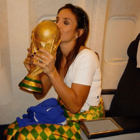 Ivete Sangalo relembra pentacampeonato do Brasil no futebol na Copa de 2002 - Reprodução/Instagram