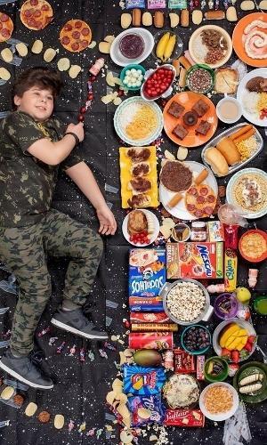 """""""Foco nas crianças porque os hábitos alimentares, que se formam quando somos jovens, duram uma vida inteira e podem abrir caminho para problemas crônicos de saúde"""", disse Segal"""
