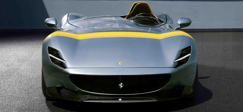 86699c8433 Futurista e retrô ao mesmo tempo, o poderoso Ferrari Monza em sua  configuração SP1 (só para o piloto) Imagem: Xinhua