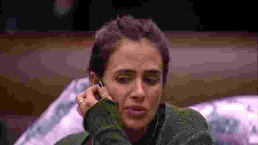 Carolina aconselha Paula sobre voto - Reprodução/GloboPlay