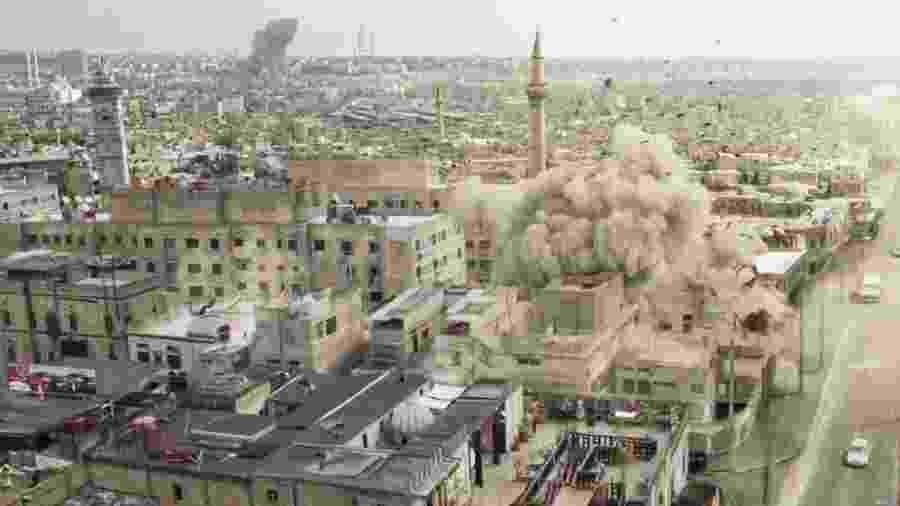 Casa da família de Laila é destruída em um bombardeio  - Reprodução/Gshow