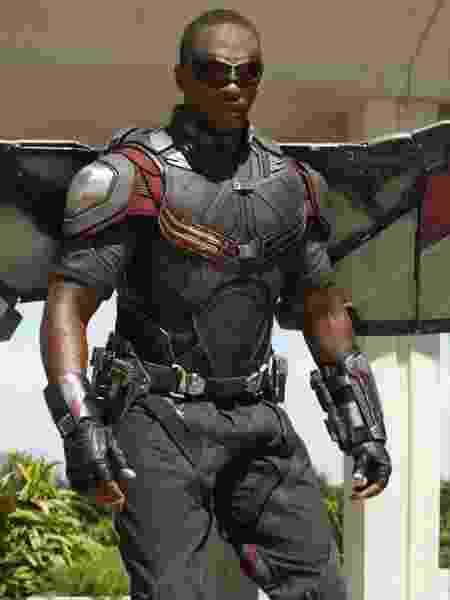 Anthony Mackie como o herói Falcão - Divulgação - Divulgação