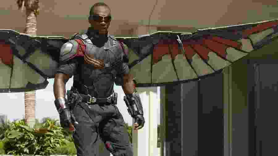 Anthony Mackie como o herói Falcão - Divulgação