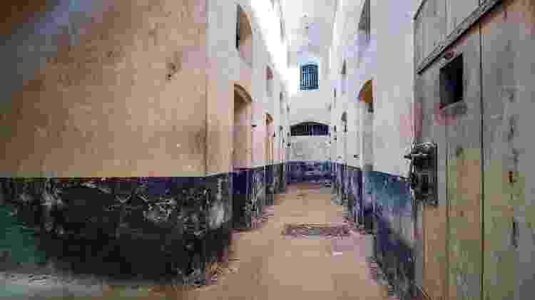 Celas da Ilha Real, que, junto com a Ilha do Diabo, abrigam uma antiga e temida colonia penal - RUBEN RAMOS/Getty Images/iStockphoto - RUBEN RAMOS/Getty Images/iStockphoto