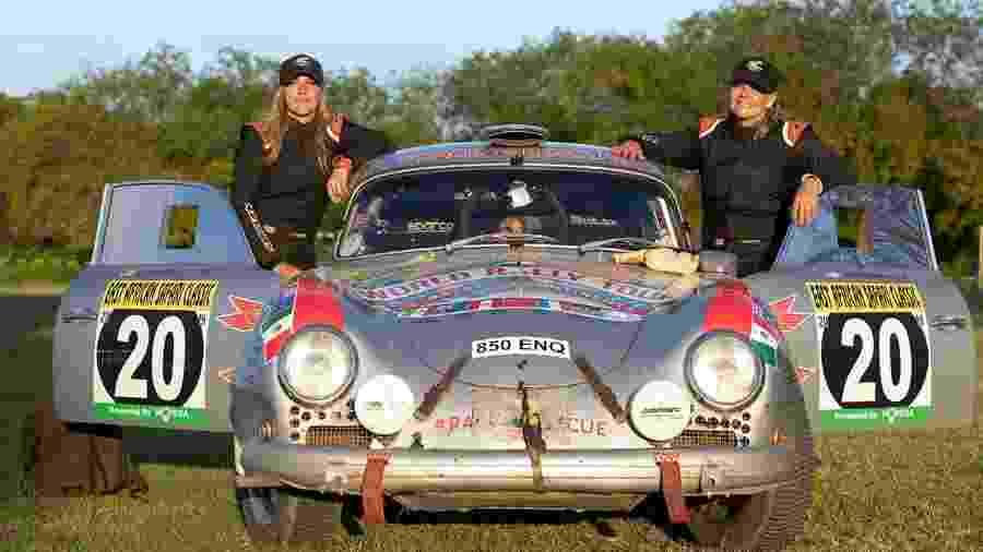 Renée e Christina Brinkerhoff com Porsche 356 A 1956 - Divulgação