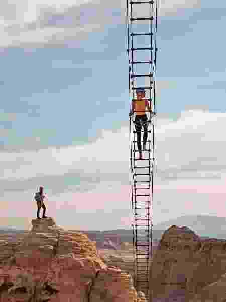 A escada aérea do Cave Peak - Reprodução Instagram - Reprodução Instagram