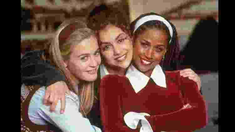 """Cher (Alicia Silverstone), Dionne (Stacey Dash) e Tai (Brittany Murphy) formaram um trio de amigas divertido em """"As Patricinhas de Beverly Hills"""" (1995)  - Reprodução/IMDB - Reprodução/IMDB"""