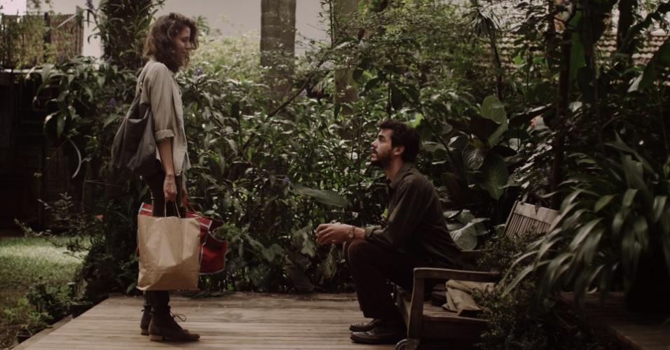 """24.mai.2013 - Os atores argentinos Javier Drolas e Inés Efron integram o elenco de """"A Menina sem Qualidades"""", série da MTV Brasil"""