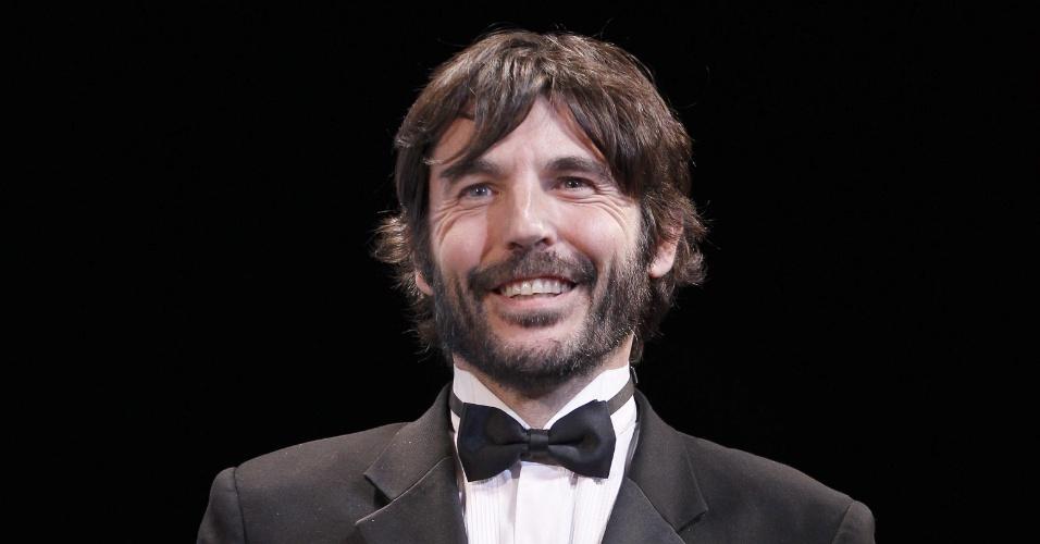 25.mai.2013 - O diretor mexicano Diego Quemada-Diez recebe o prêmio Talent Award, de melhor elenco, por