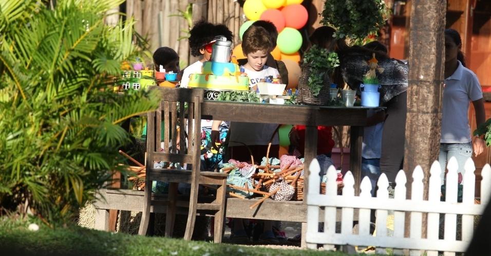 26.mai.2013 - Pietro, filho de Murilo Benício e Giovanna Antonelli celebrou oito anos