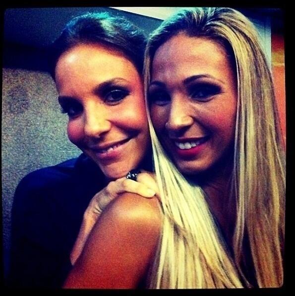27.mai.2013 - A funkeira Valesca Popozuda parabenizou Ivete Sangalo pelos 41 anos em seu Twitter.