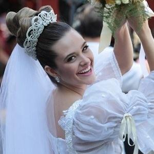 """Em """"Malhação"""", Fatinha se casa com Bruno"""