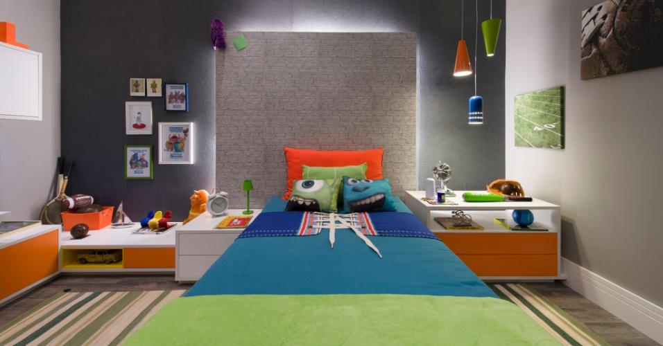 Inspirada pela animação Monstros S.A, a arquiteta Clélia Regina Angelo projetou a Suíte do Menino. A 27ª Casa Cor SP segue até dia 21 de julho de 2013, no Jockey Club de São Paulo