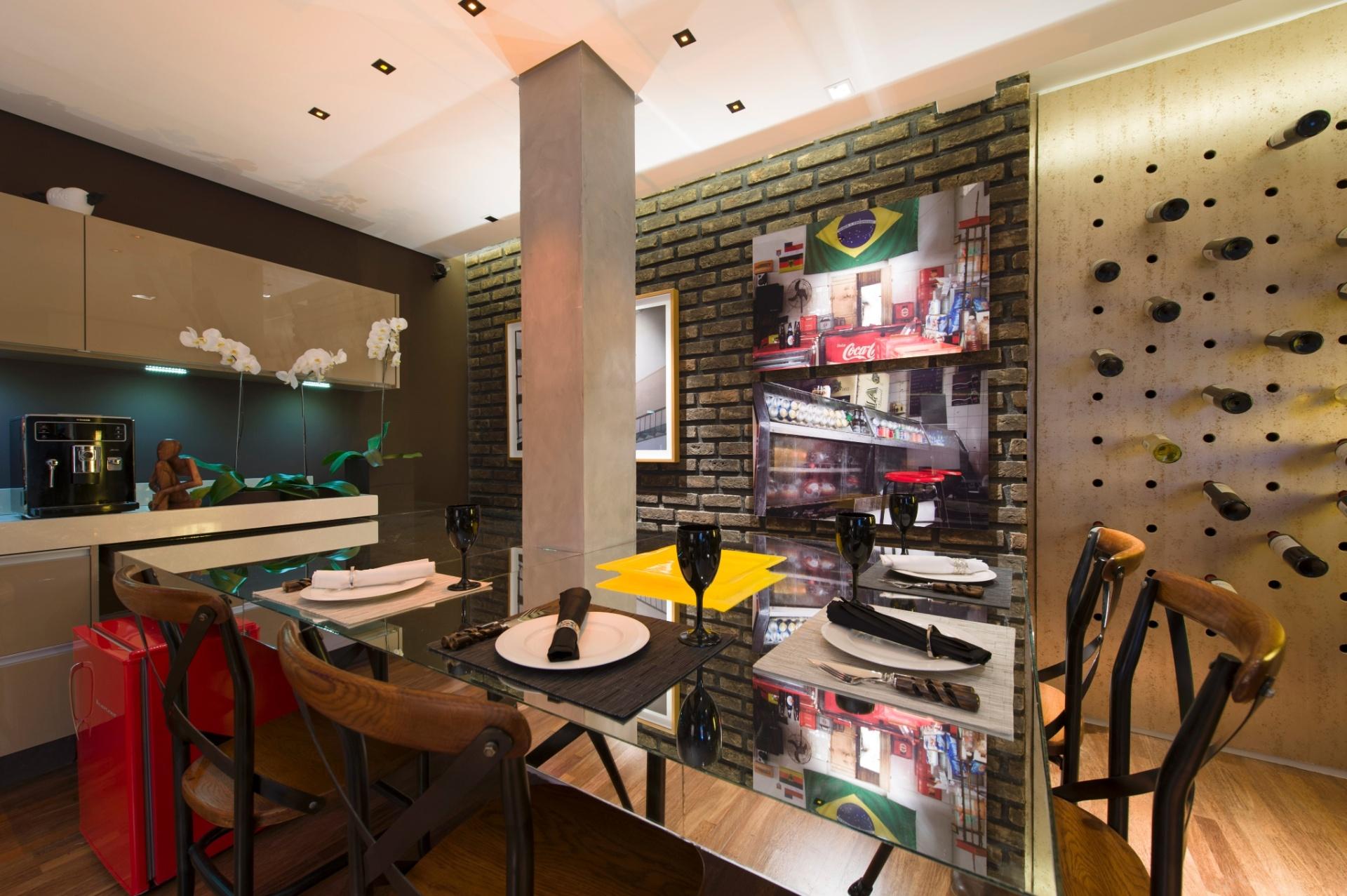 Inspirado em lofts, Gustavo Paschoalim desenhou a Sala de Vinhos. A 27ª Casa Cor SP segue até dia 21 de julho de 2013, no Jockey Club de São Paulo