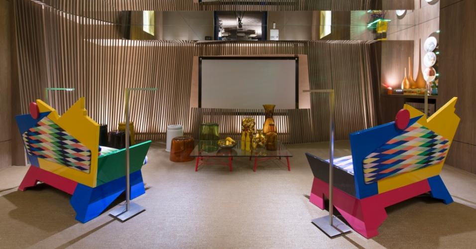 O ambiente Home Theater, de 44 m², criado por Camila Klein. A 27ª Casa Cor SP segue até dia 21 de julho de 2013, no Jockey Club de São Paulo