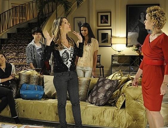 """Em """"Sangue Bom"""", Tina coloca em prática plano para se vingar de Bárbara Ellen"""