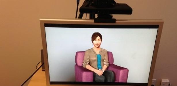 """A """"psicóloga"""" Ellie tem voz suave e consegue identificar a linguagem corporal do paciente - BBC"""