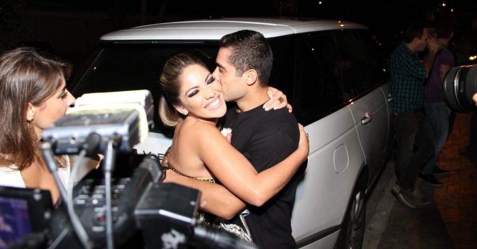 29.mai.2013 - Anamara e Yuri no lançamento da revista Sexy com ensaio nu de Anamara em boate na Barra da Tijuca, Rio de Janeiro