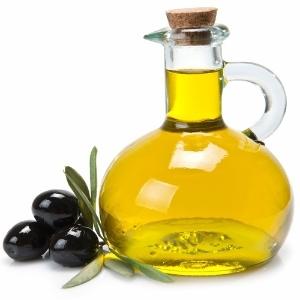 Azeite de oliva é um dos ingredientes presentes na dieta mediterrânea - Thikstock