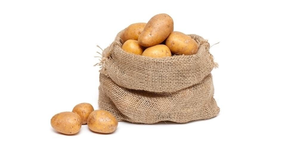 Consumo indicado   Turbérculos e raízes: mandioca, batata e mandioquinha, entre outros alimentos do grupo, são importantes porque são fontes de carboidratos, fornecedores de energia para a gestante