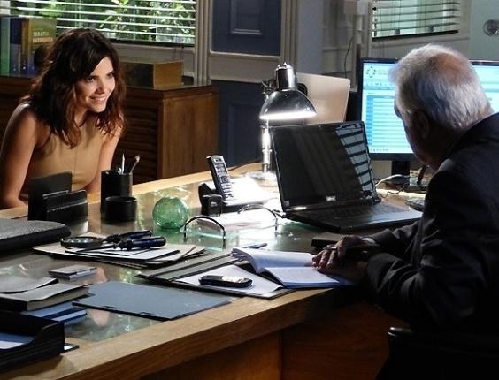 1.jun.2013 - Aline diz para César que Pilar está envelhecida