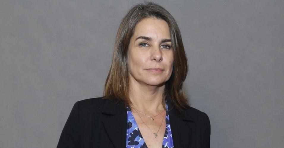 4.jun.2013 -  Ângela Figueiredo interpreta a mulher de Zico Rosado (José Mayer)