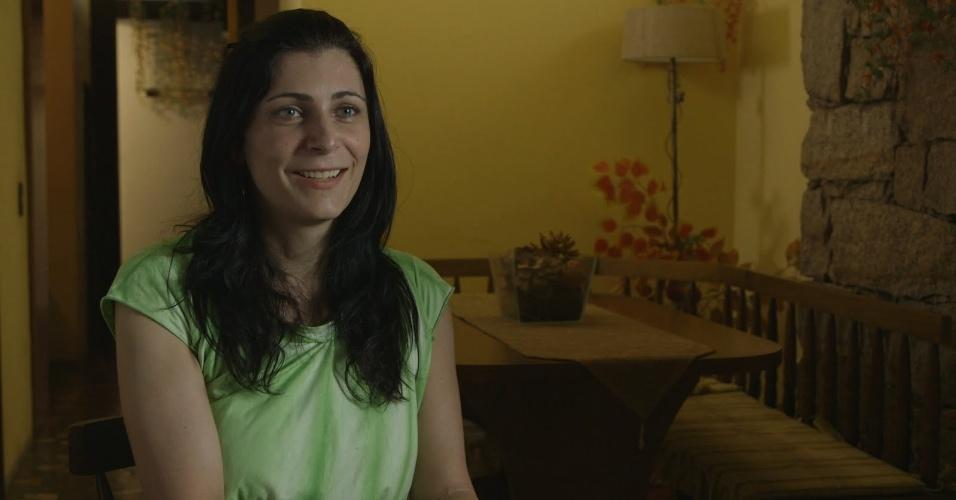 """5.jun.2013 - Maitê Schneider é depiladora e atriz; no episódio de estreia da série """"Tabu Brasil"""" ela conta sua triste história para conseguir mudar de sexo"""