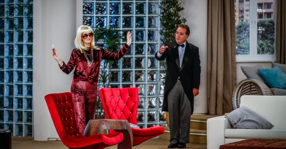 """4.jun.2013 - O primeiro episódio inédito de """"Sai de Baixo"""" também conta com a participação especial de Tony Ramos, interpretando um falso mordomo francês"""