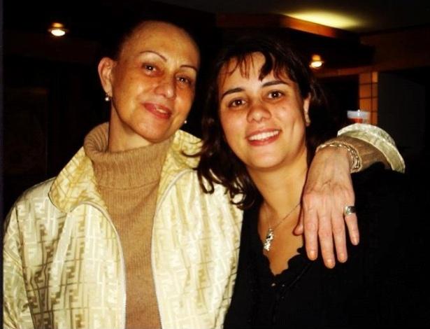 A jornalista Scarlet Moon e a filha Theodora Chevalier