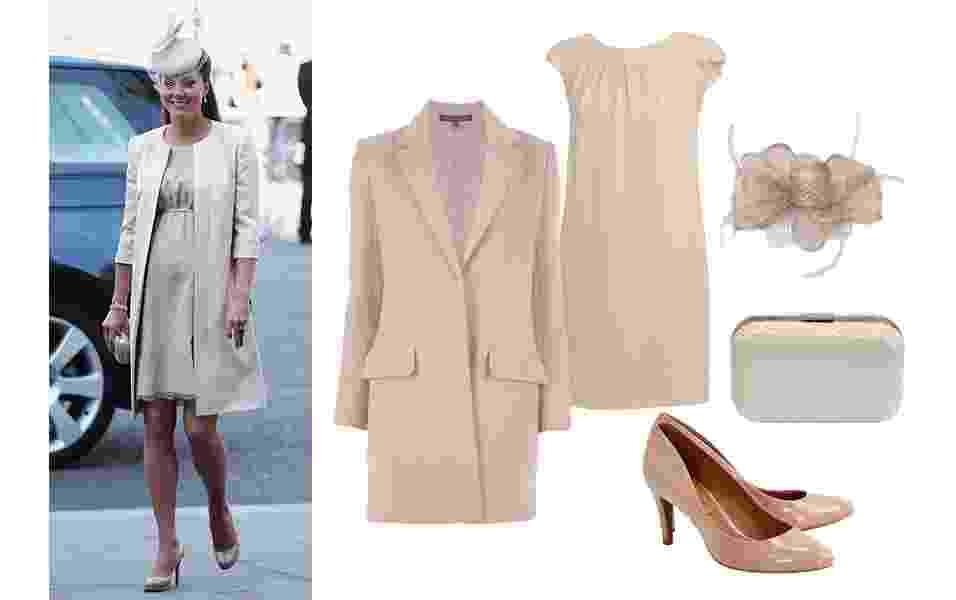Kate Middleton tem um estilo discreto e elegante. Mesmo grávida, não abre mão do salto alto e é sempre vista com seu scarpin nude. Inspire-se no look da duquesa e aposte em uma combinação monocromática em cor da pele, com vestido solto para deixar a barriguinha confortável, casaco, sapatos e bolsa no mesmo tom. O chapéu fascinator é uma marca registrada da duquesa, e você pode aderir ao acessório para ir a um casamento à tarde - Getty Images e Divulgação
