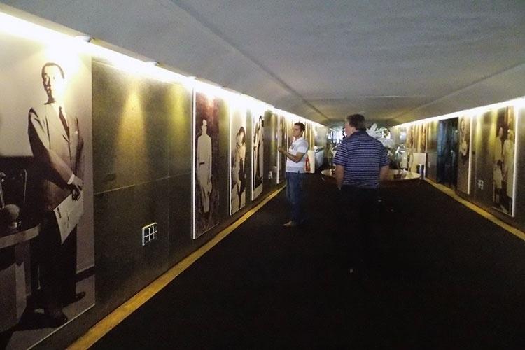 Memorial JK exibe registros históricos em fotos, vídeos e documentos