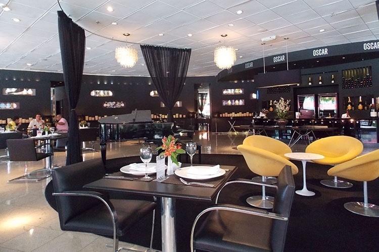 Restaurante Oscar, localizado no Brasília Palace, primeiro hotel de Brasília, é opção sofisticada de almoço para quem fará visita ao Palácio da Alvorada