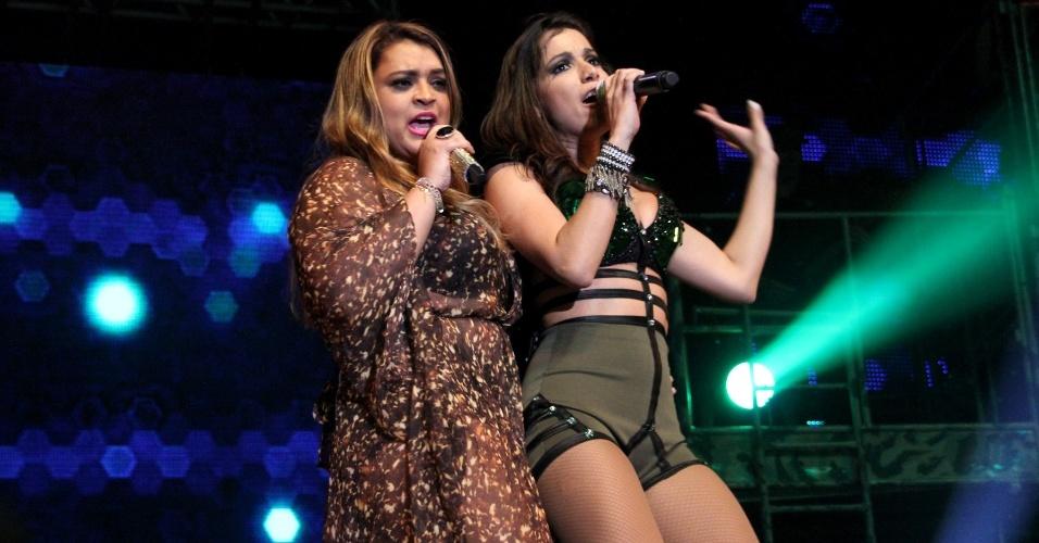 6.jun.2013 - O show da cantora de funk contou com a participação de Preta Gil e Thiago Martins