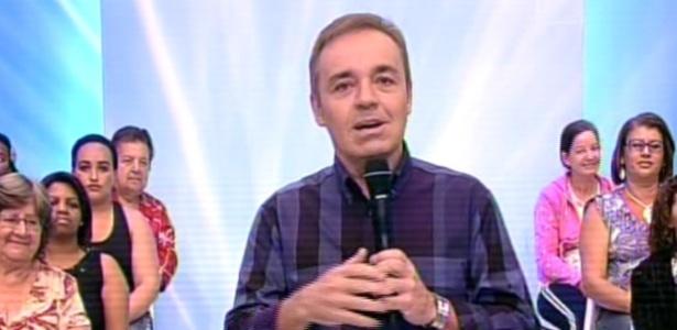 """Gugu Liberato comanda o último """"Programa do Gugu"""" na Record, em 2013"""