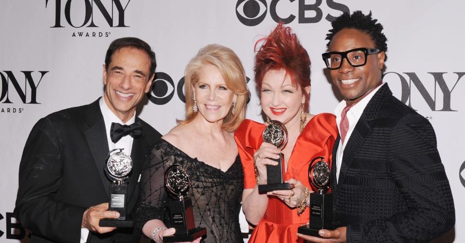 9.jun.2013 - Vencedores do Tony pelo espetáculo