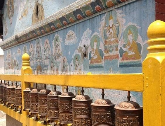 Bruno Gagliasso mostra detalhes de sua viagem ao Nepal
