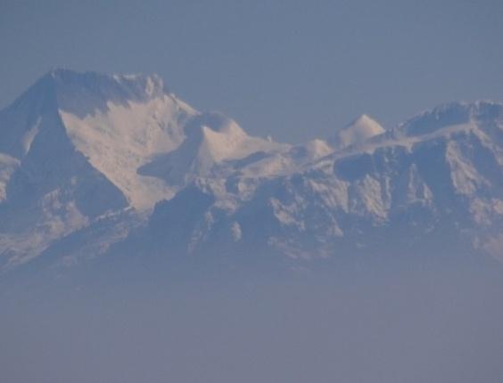 Entre os locais visitados estão o Himalaia e o Everest