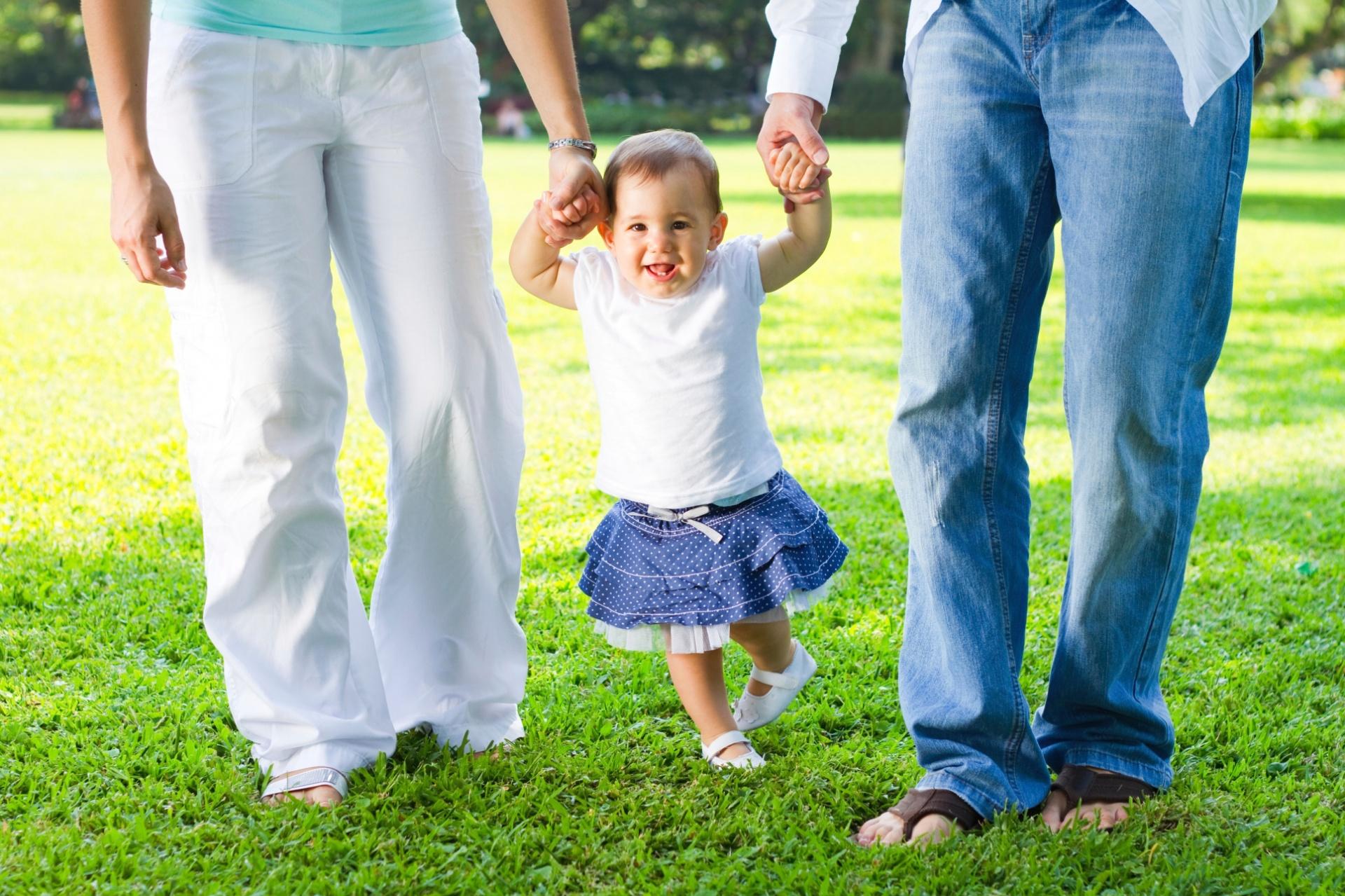 665e4a44b50d1f Esqueça o andador; veja como estimular seu filho a andar sem ele ...