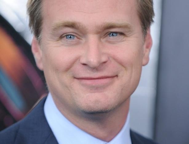 10.jun.2013 - Christopher Nolan posa para fotos antes da pré-estreia mundial de
