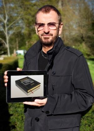 """O baterista Ringo Starr divulga o e-book """"Photograph"""", com fotos inéditas dos Beatles  - Divulgação"""