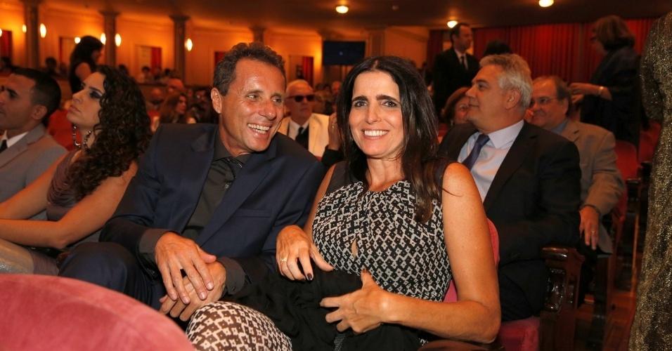12.jun.2013 - Malu Mader e Tony Bellotto no 24º Prêmio da Música Brasileira, no Theatro Municipal do Rio de Janeiro