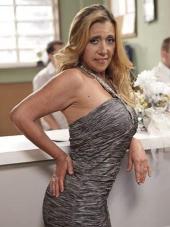 Rita Cadillac grava participação especial em