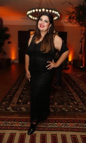 """12.jun.2013 - Fabiana Karla, a Perséfone de """"Amor à Vida"""", também esteve na festa do Prêmio da Música Brasileira"""