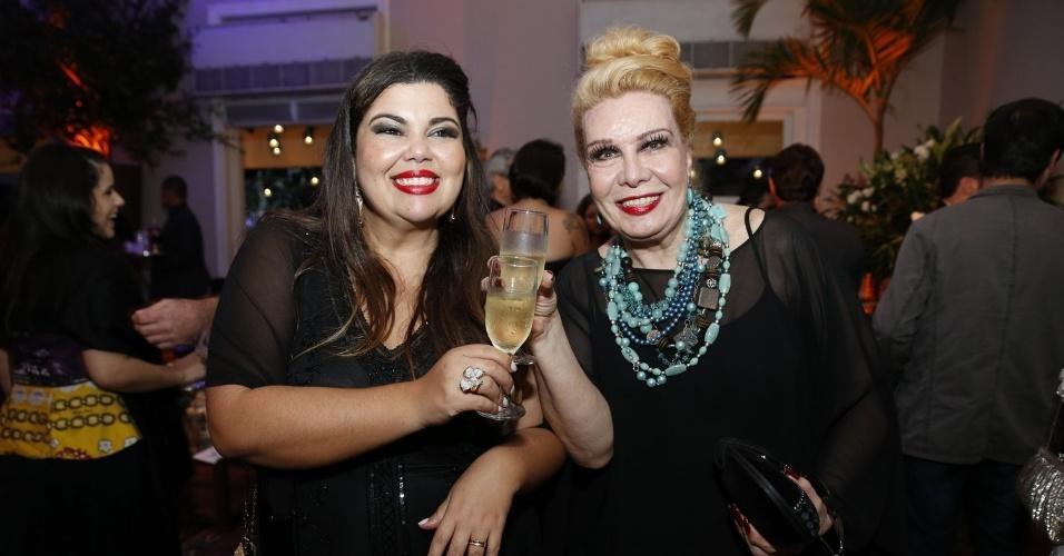 12.jun.2013 - Fabiana Karla e Rogéria na festa do Prêmio da Música Brasileira