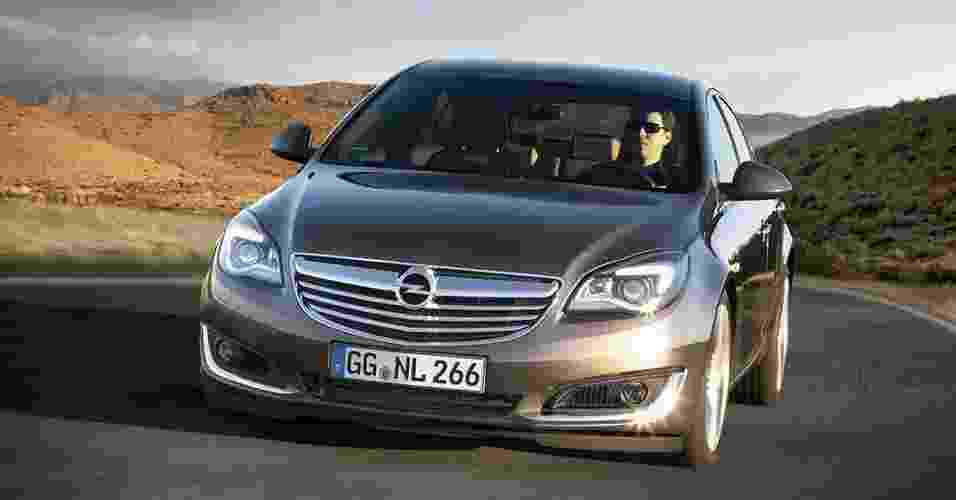 Opel Insignia 2014 - Divulgação